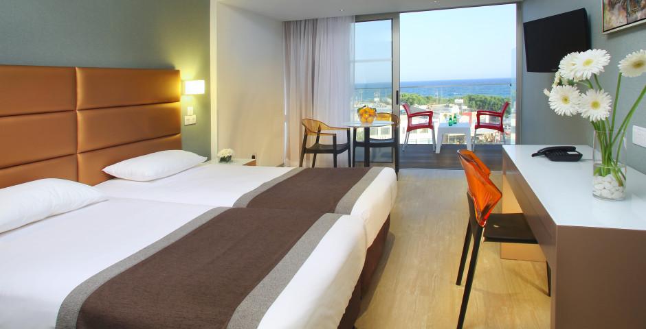 Doppelzimmer mit Meersicht - Faros Hotel