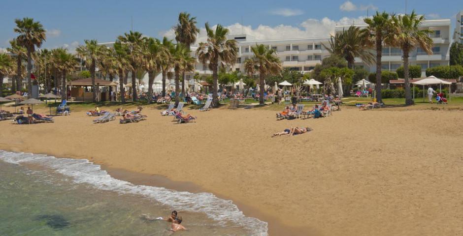 Louis Ledra Beach