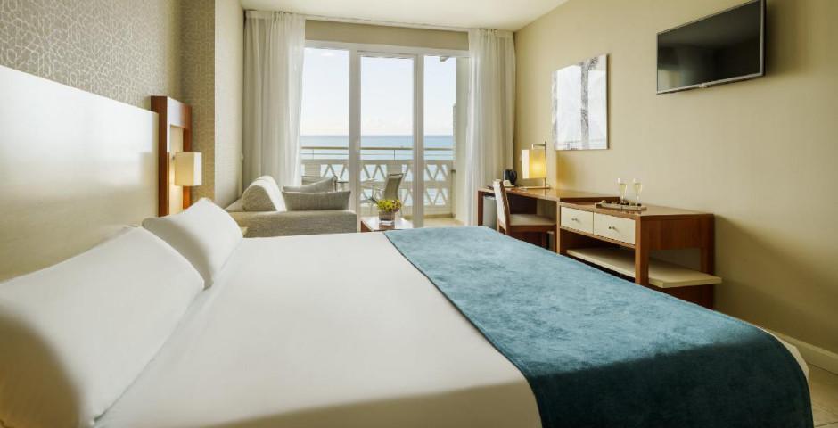 Chambre double avec balcon, vue mer
