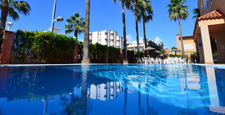 Fergus Capi Playa Hotel