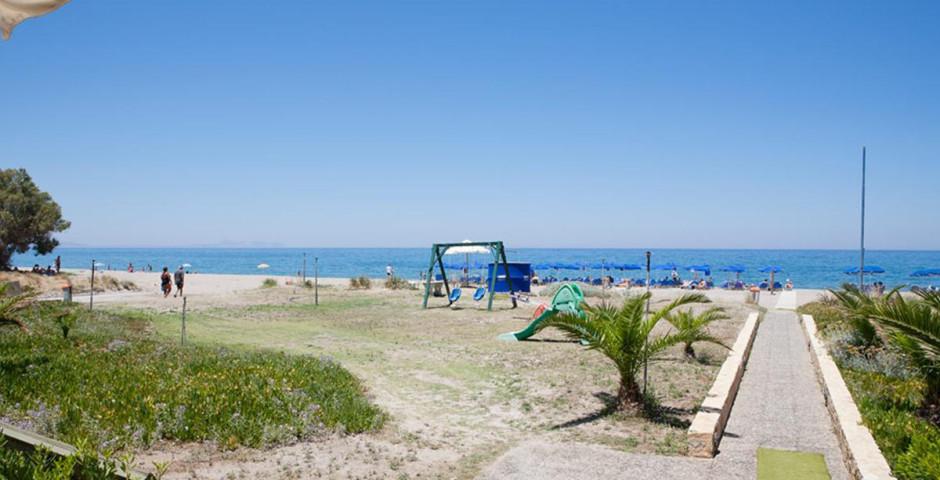 Marinos Beach
