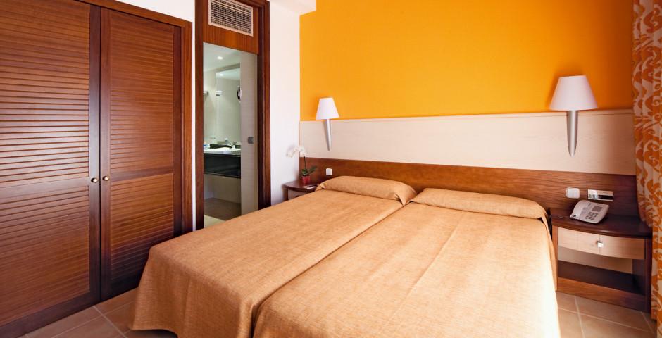 Doppelzimmer - Blau Colonia Sant Jordi Resort & Spa