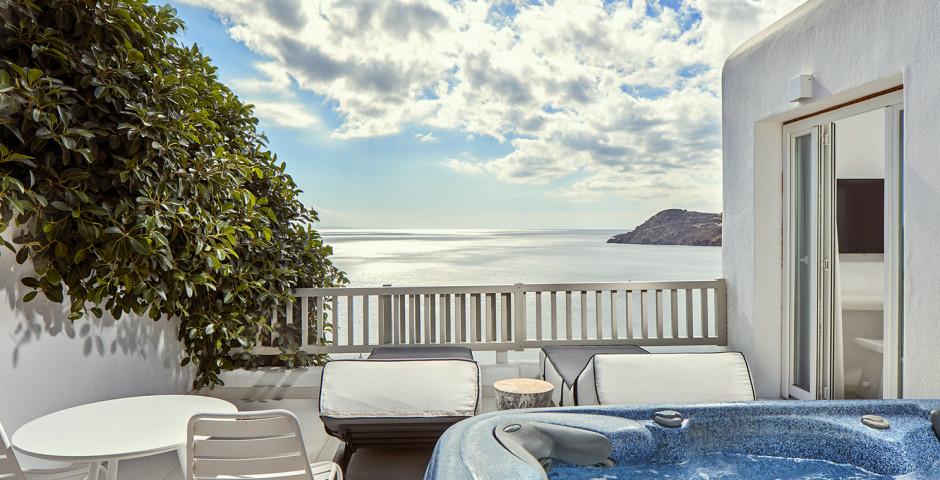 Doppelzimmer Premium mit Jacuzzi - Royal Myconian Resort