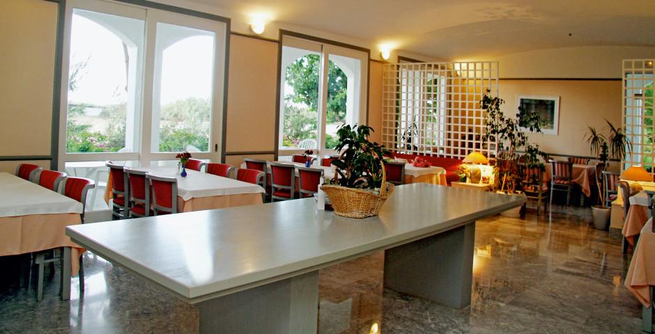 Mantenia Hotel