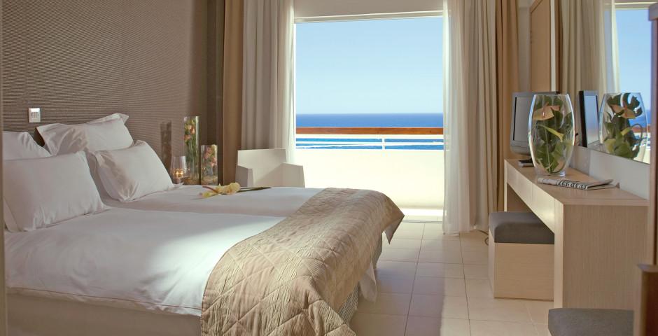 Doppelzimmer Meersicht - Napa Mermaid Hotel & Suites