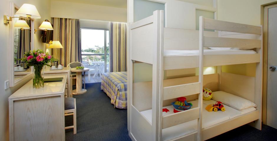 Kids Suite - Golden Coast