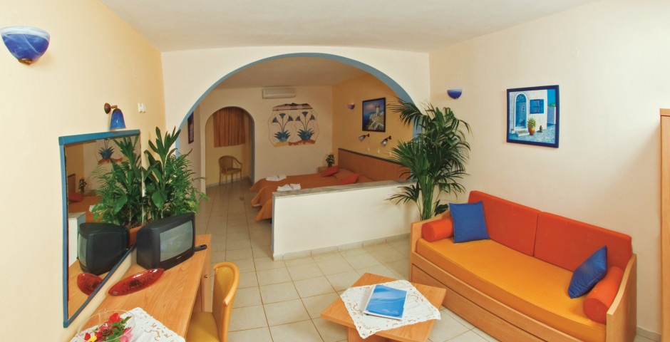 Suite - Aegean Plaza