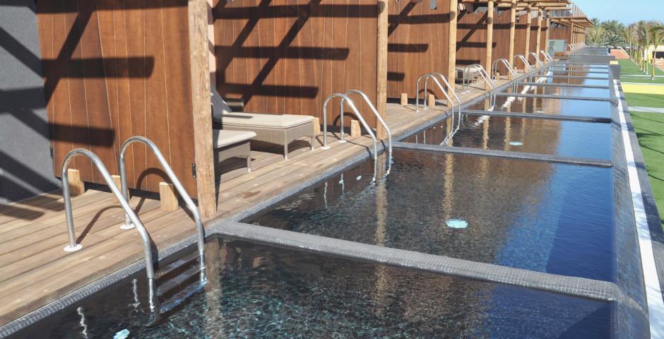 Doppelzimmer Deluxe Pool - Lopesan Baobab Resort