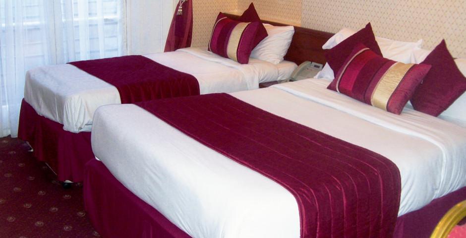 Hotel Avon