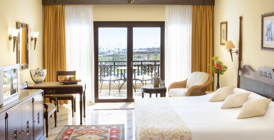 Doppelzimmer Deluxe - Steigenberger Al Dau Beach Hotel