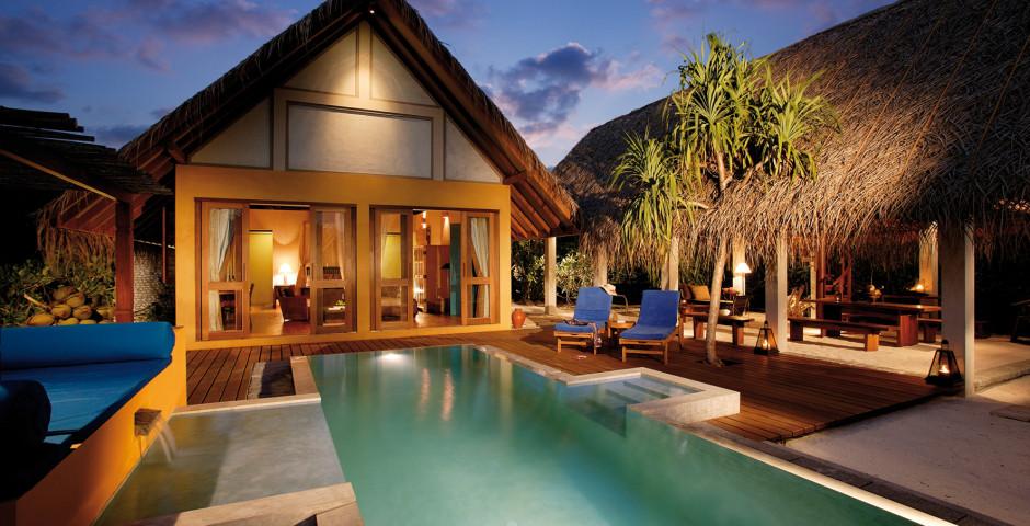 Beach Villa mit Pool - Four Seasons Resort Maldives at Landaa Giraavaru