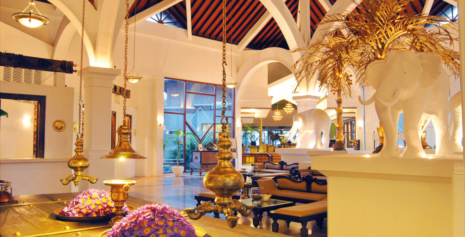 Lobby - Royal Palms