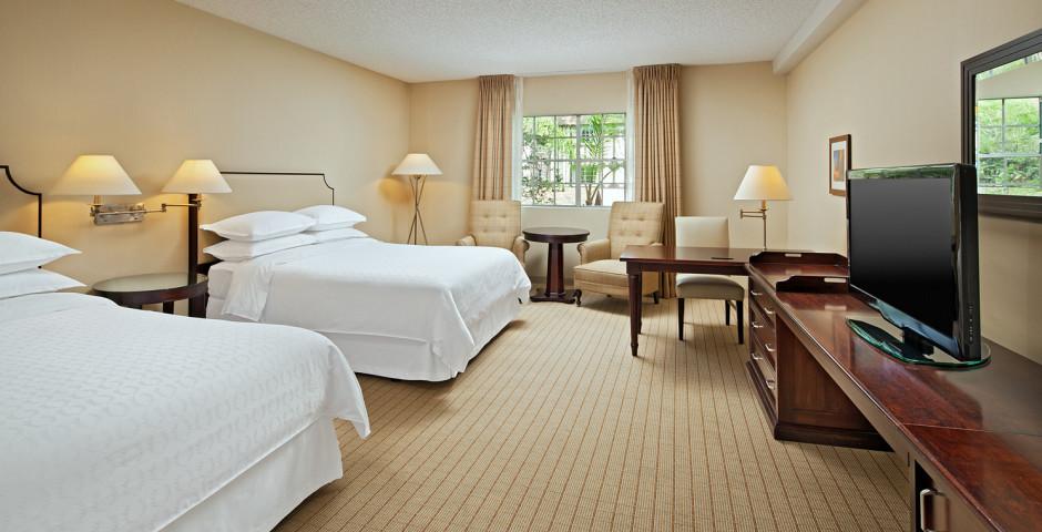 Anaheim Majestic Garden Hotel (ex Sheraton Anaheim)