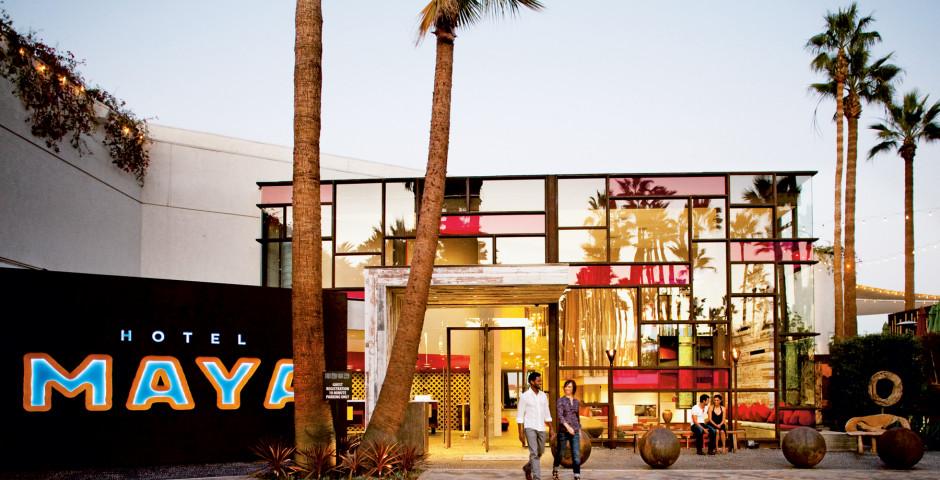 Maya a Doubletree Hotel