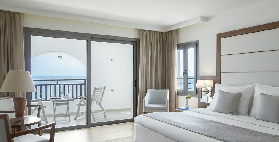 Suite - Creta Maris Beach Resort