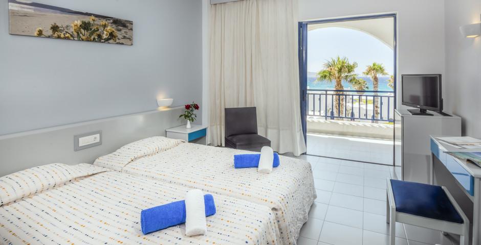 Doppelzimmer Meersicht - Aeolos Beach Resort