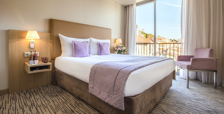 Doppelzimmer Deluxe Stadtblick - Radisson Blu 1835 Hotel & Thalasso Cannes