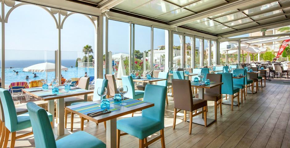 Résidence P & V «Cannes Villa Francia»