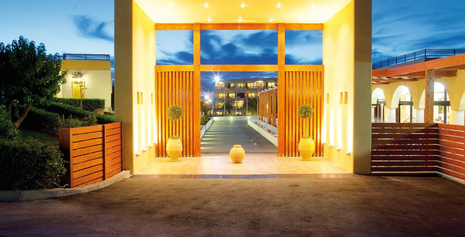 Zeus Hotel Cosmopolitan