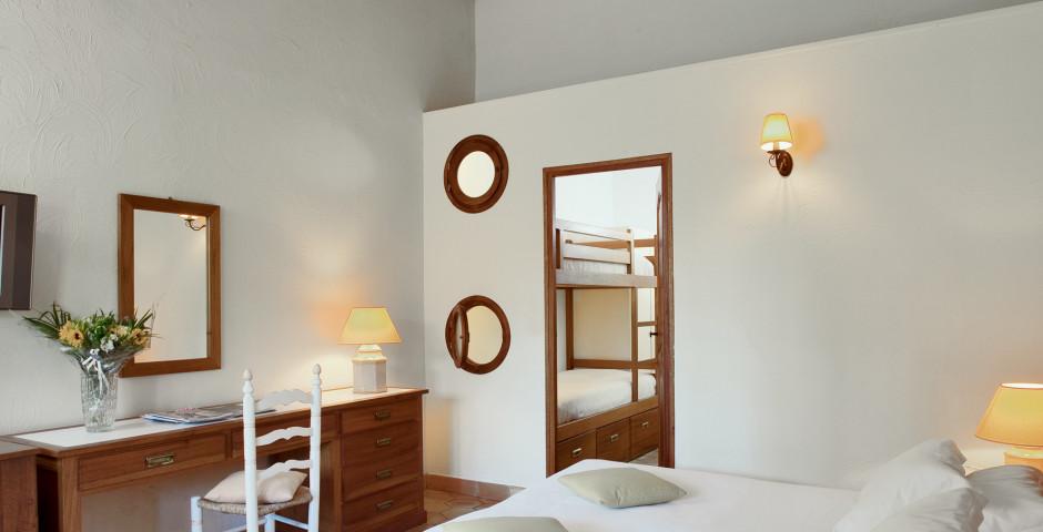 Beispiel Zimmer Marina - Hotel La Giraglia