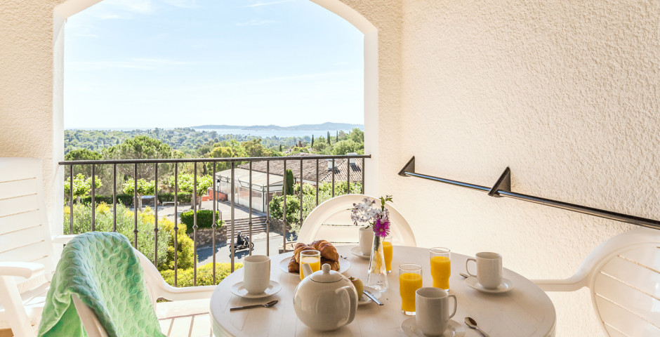 2-Zimmer-Appartement Standard - Feriendorf P & V «Les Restanques du Golfe de Saint-Tropez»