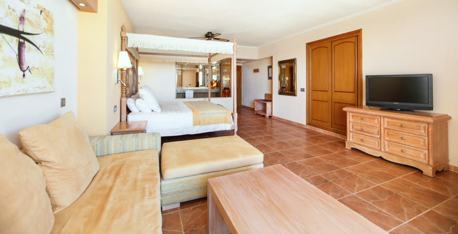 Junior Suite - Iberostar Jardín del Sol Suites