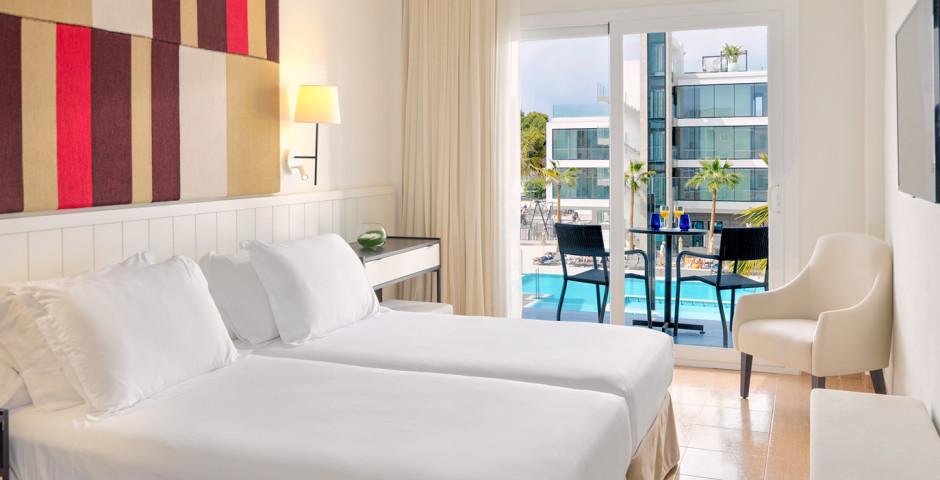Doppelzimmer Poolsicht - H10 Casa del Mar (ex. H10 Playas de Mallorca)