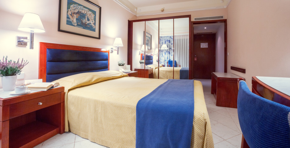 Doppelzimmer - Hotel Mediterranean