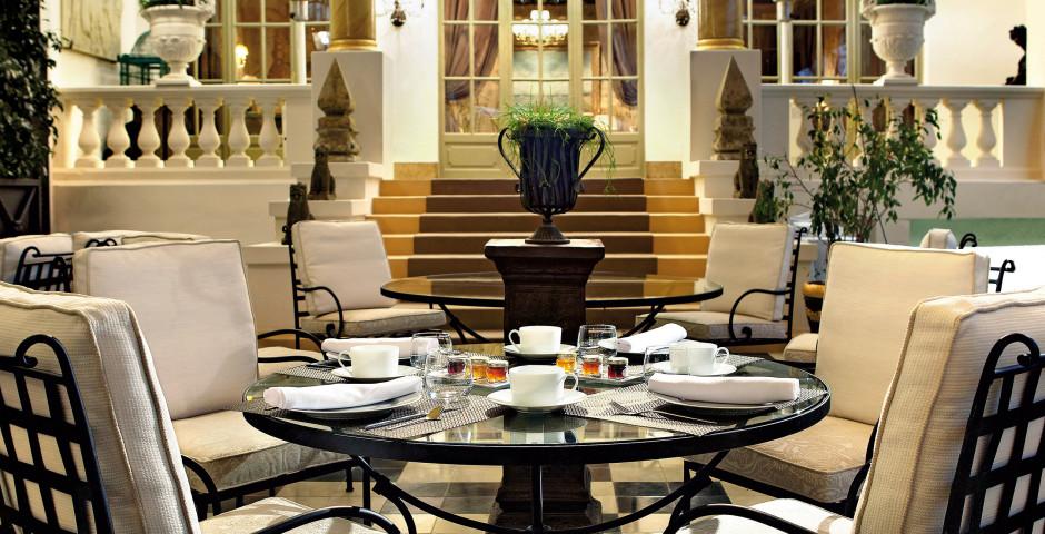 Hotel El Palace