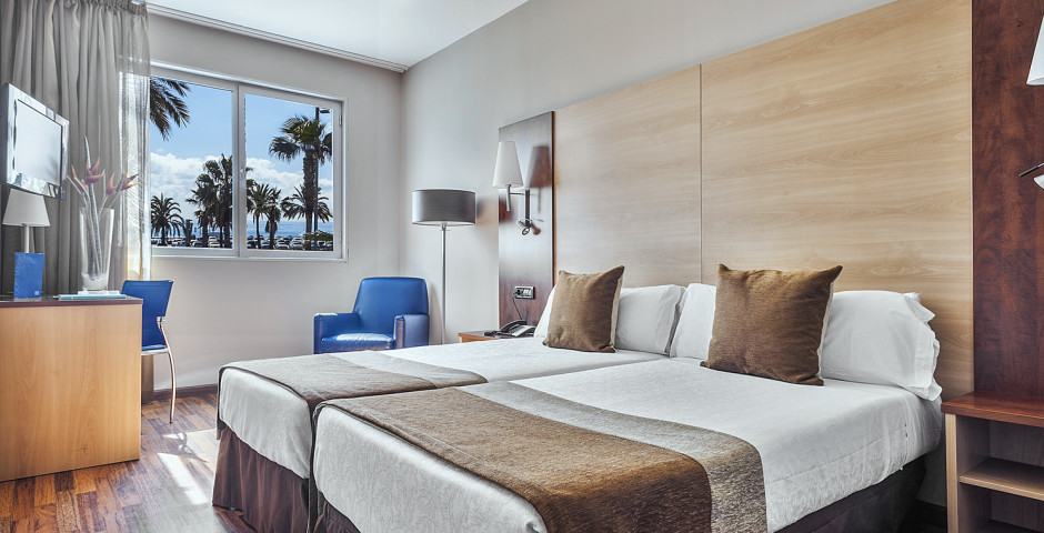 chambre à deux lits - Front Maritim