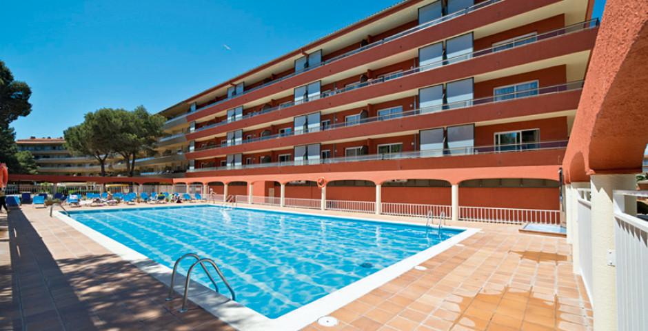 Apartamentos Salles Beach