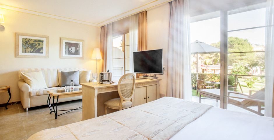 Junior Suite Privilege - Vanity Hotel Suite & Spa