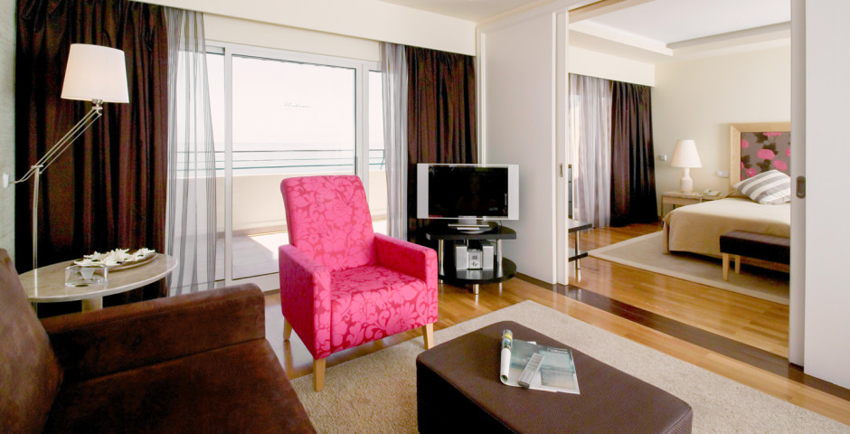 Suite - Pestana Carlton Premium Ocean Resort