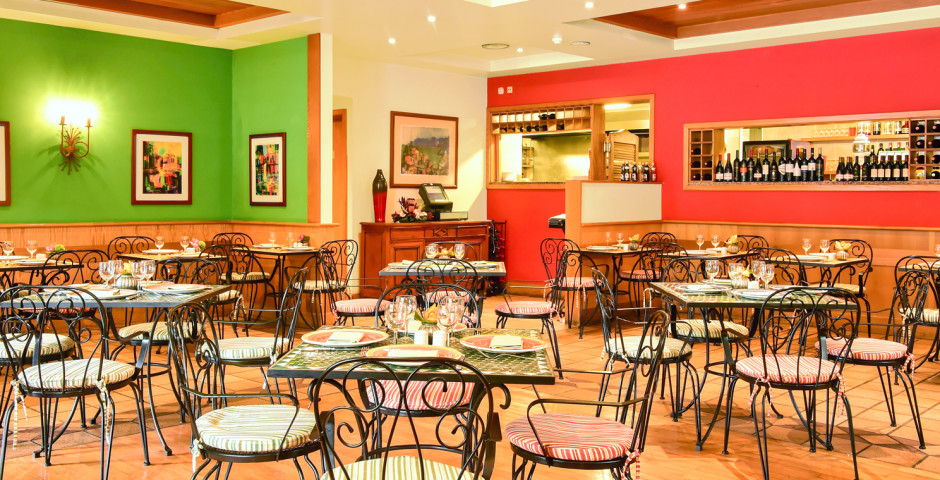 Restaurant im Pestana Miramar - Pestana Village & Miramar Garden Resort