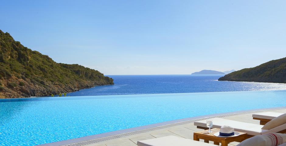Daios Cove Luxury Resort & Villas