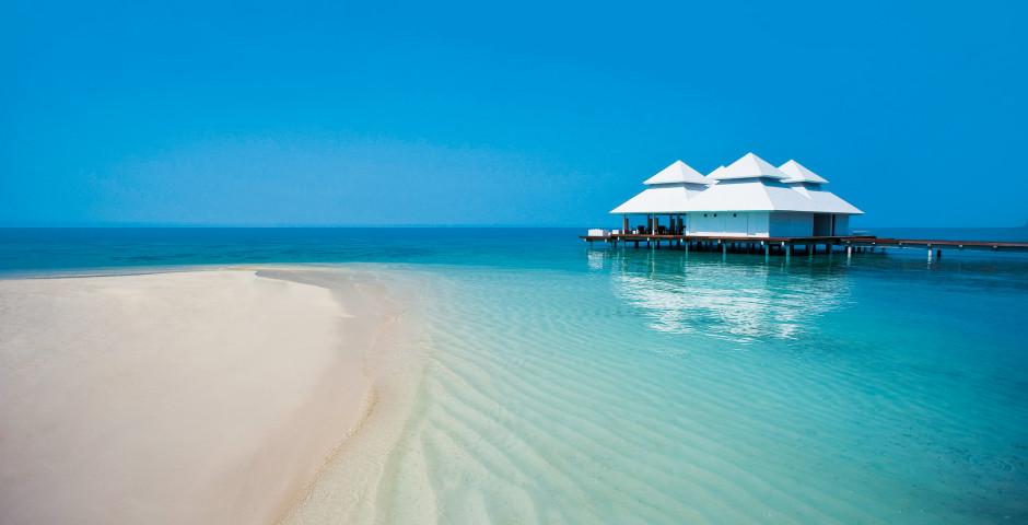 Diamonds Athuruga Beach Bungalows