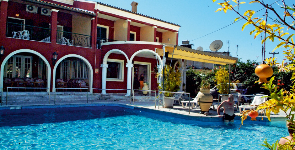 Hôtel Omiros