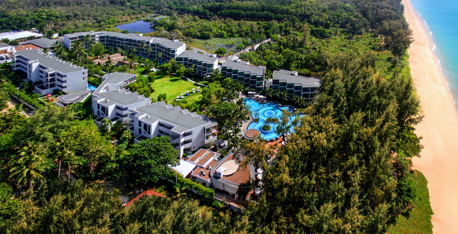 Holiday Inn Resort Mai Khao Beach