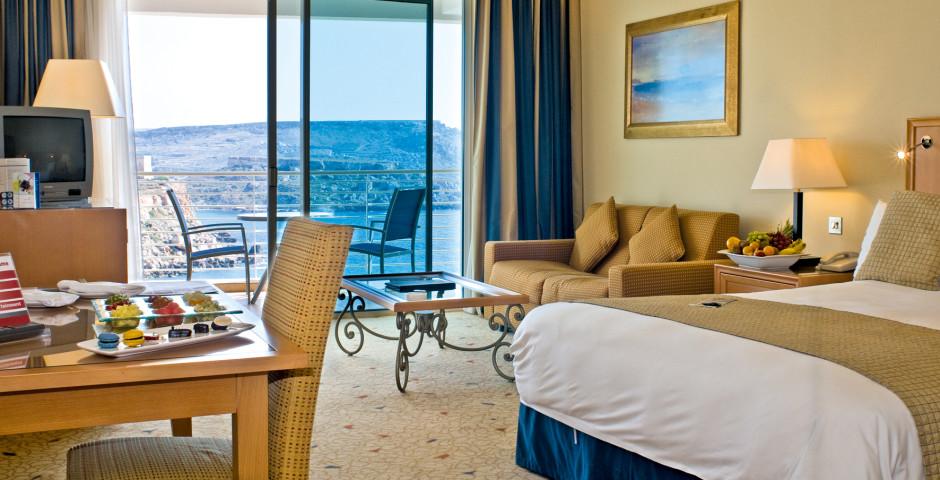 Serene Deluxe Doppelzimmer - Radisson Blu Resort & Spa Golden Sands