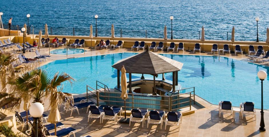 Radisson Blu St. Julian's Resort