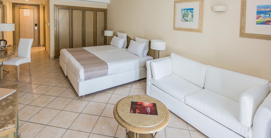 Junior Suite - Maritim Antonine Hotel & Spa