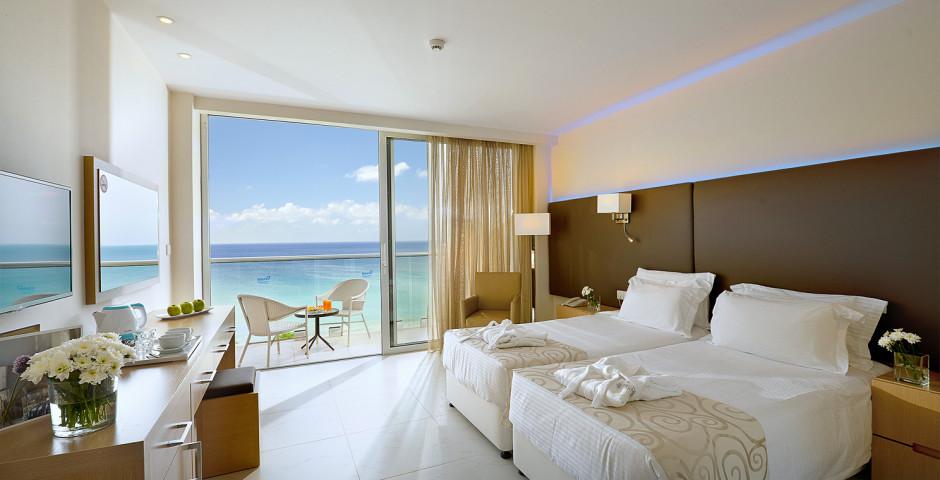 Familienzimmer Superior Meersicht - Pernera Beach