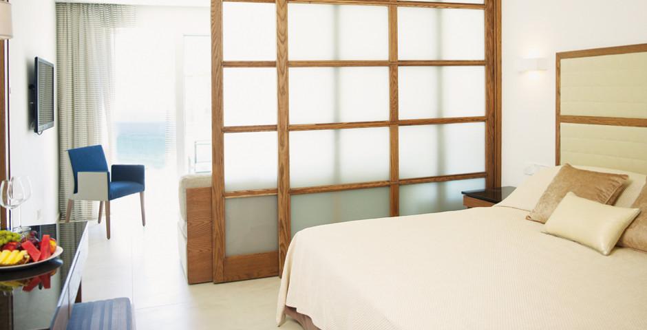 Junior Suite - Sunrise Pearl Hotel & Spa