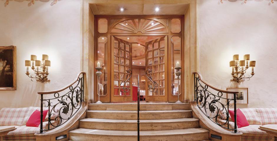Hôtel Excelsior by Geisel