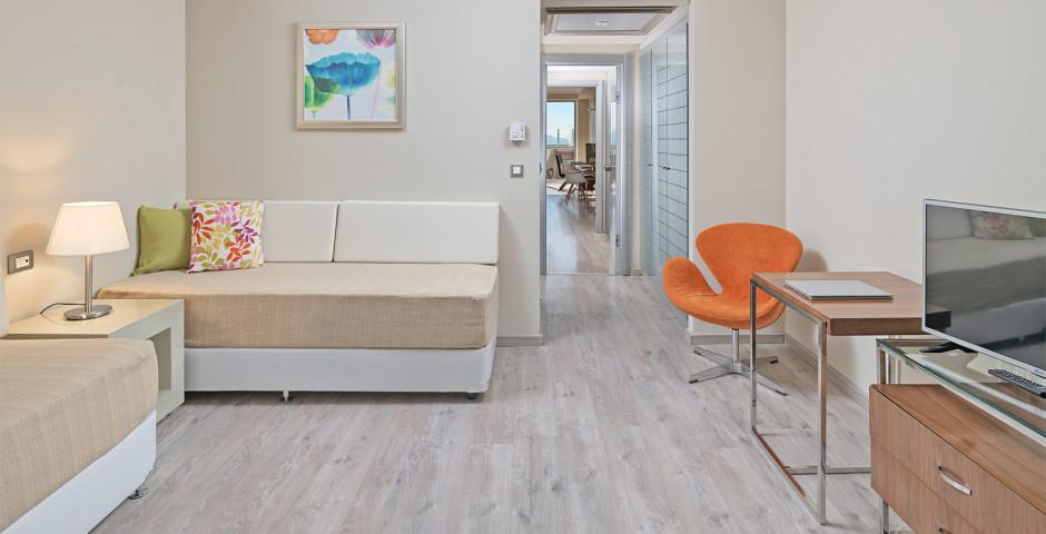 Executive Family Suite - Atrium Platinum Luxury Resort Hotel & Spa