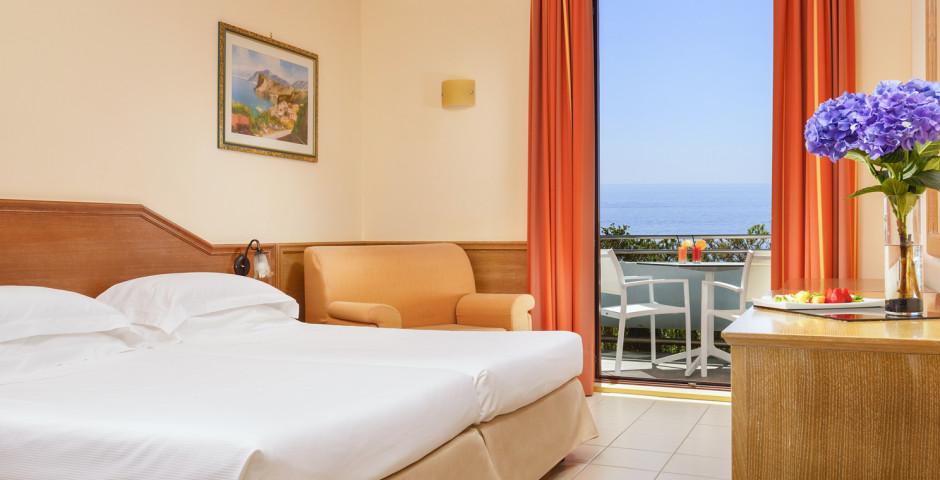 Doppelzimmer Superior - UNAHOTELS Naxos Beach Sicilia