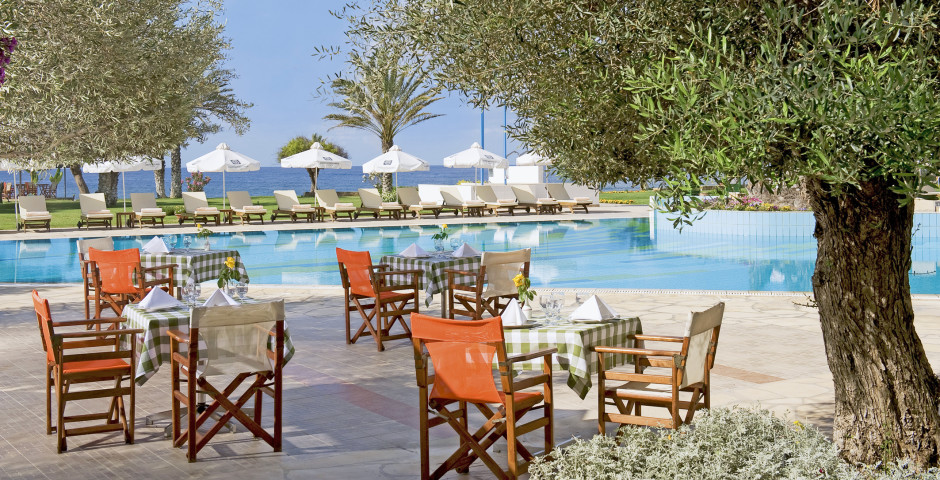 Constantinou Bros Athena Royal Beach Hotel