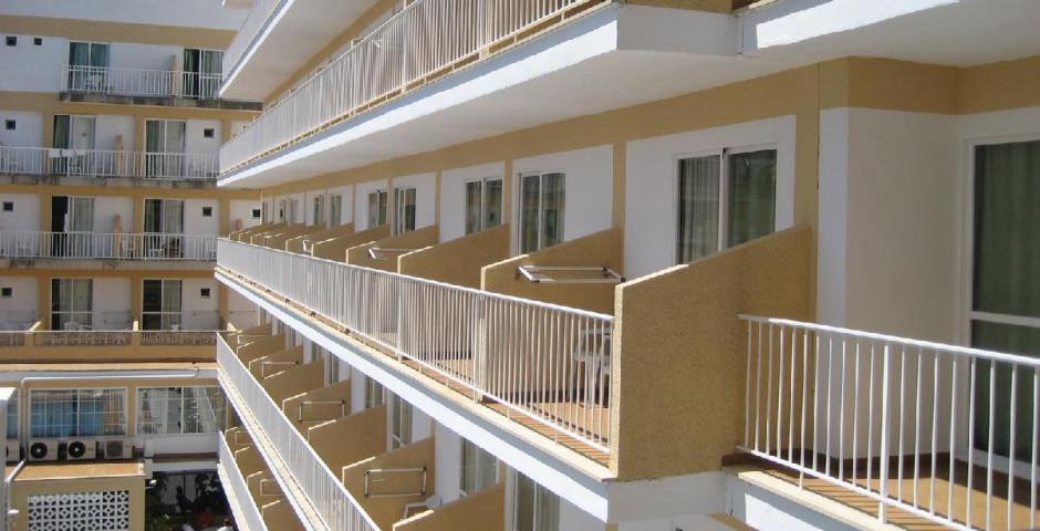 Hotel Riutort