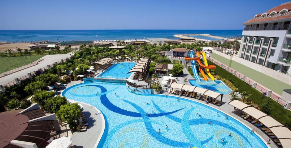 Aydinbey King's Palace Spa Resort
