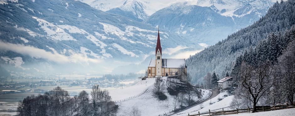Église St. Pankraz à Uderns